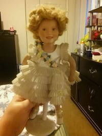 Shirley temple porcelin doll 72 km