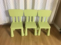 two green and one yellow wooden armchairs 786 km