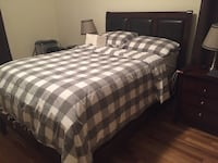 Full bed , two nightstand and 4 drawer dresser/tv stand