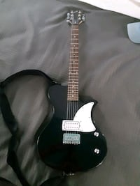 First act full size electric guitar. Excellent condition Katy, 77450