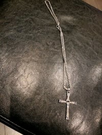 Brand new Silver chain and cross