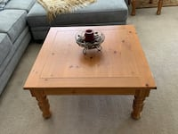 Broyhill coffee table and matching end tables  Thousand Oaks, 91320