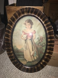 Pair of beautiful Victorian pictures in Oval Frames