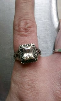 Beautiful ring in excellent condition 925 sterling Salem, 29676