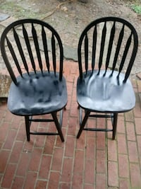 two brown wooden windsor chairs 70 km