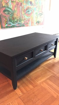 Large 3 drawer double sided coffee table Vancouver, V6H 1M1