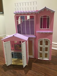Barbie Doll House Newmarket, L3X 2J4