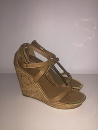 brown pair leather open-toe wedge sandal London, N6H 0G1