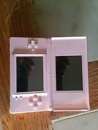 Nintendo DS WITH case and 4 games Clinton, 15026
