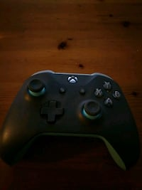 Xbox one controller Port Coquitlam, V3B 1N5
