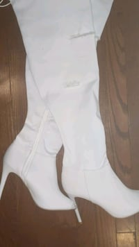 New! Thigh high open toe Boots - Size 9 Brampton, L6P