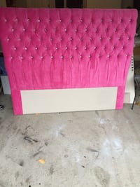 Brand new queen size headboard tufted with crystal  Brampton, L6P 1K3
