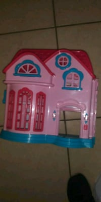 pink and blue plastic toy house Tampa, 33614