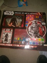 two Star Wars action figures 650 mi
