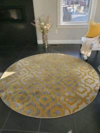 2 area rugs for sale