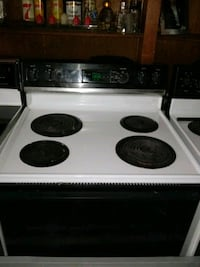 Hotpoint electric stove with oven $100 if you pick it up