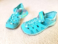 Merrell Sandals Youth Size 5 Erie, 80516