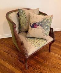 ANTIQUE PROVINCIAL SWAN CARVED WOOD CHAIR Los Angeles, 91367