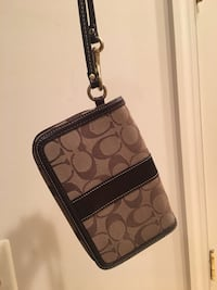 Brown monogrammed coach crossbody bag Centreville, 20120