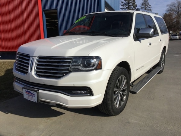*LOADED* *ONE OWNER/CLEAN CARFAX* 2015 Lincoln Navigator L 4WD fc7eea9c-83fc-4844-8c63-a832473b62c0