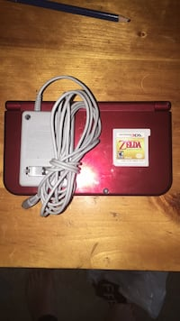 3ds red xl with Zelda 541 km