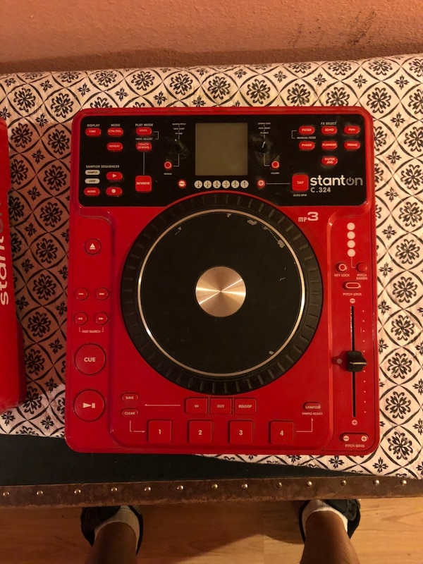 used limited edition ferrari red stanton cdj s for sale in san diego letgo. Black Bedroom Furniture Sets. Home Design Ideas