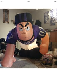 Ravens Lineman Gemmy NFL Giant Lighted Air blown Inflatable