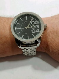 Darnell Large face men's watch with tags Poughkeepsie