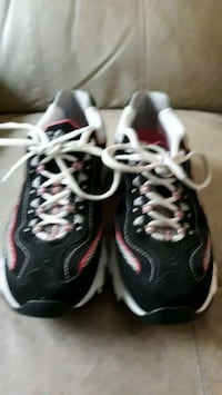 Womens Skechers  Indianapolis, 46229