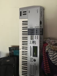 white and black electronic keyboard Cheverly, 20785