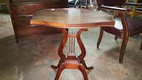 Antique Mahogany Lyre base end table/side table.  Midwest City, 73110