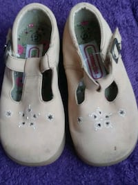 pair of white leather mary jane shoes Tucson, 85746