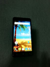 Smartphone Android Just 5 M503 6700 km