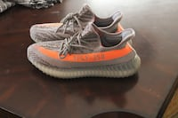 Pair of beluga adidas yeezy boost 350 v2 Oakland, 94601