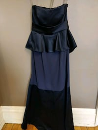 Vera wang navy blue party gown size 10 Toronto, M5V 1P2
