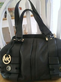 black and white Michael Kors leather tote bag Suisun City, 94585