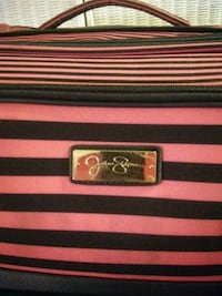 red and black leather wallet 865 mi
