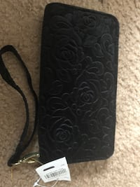 Black and gray floral leather wallet 159 mi