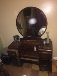 Make-up Dresser with Mirror LAUREL