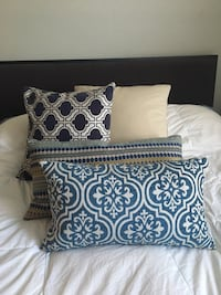 Set of 3 Mediterranean themed throw pillows Toronto, M6J 2S6