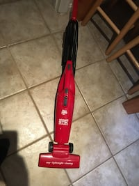 Red and black stik stick vacuum cleaner Arlington, 22201