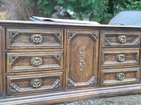 FREE Solid wood dressers (138A St & 100 Ave) Surrey, V3T 5P4