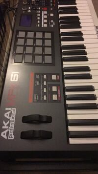 Black and gray electronic keyboard Alexandria, 22306