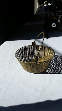 Metal /golden basket