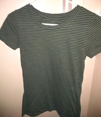 Mossimo Black and Green Striped Top XS Dayton, 45404