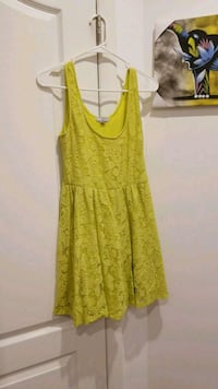 women's yellow sleeveless dress Brooklyn, 11205