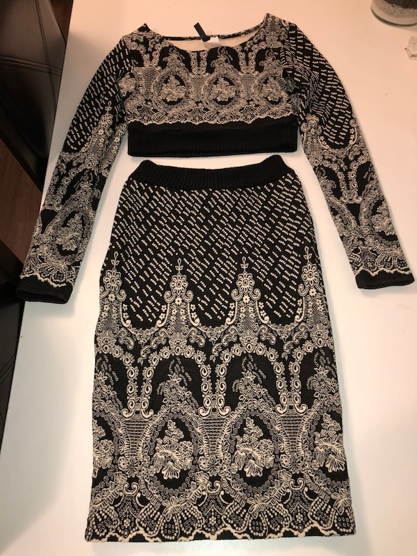 Women's black and white long-sleeved 2 piece