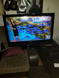 37in Toshiba hdtv lcd West Hollywood, 90046