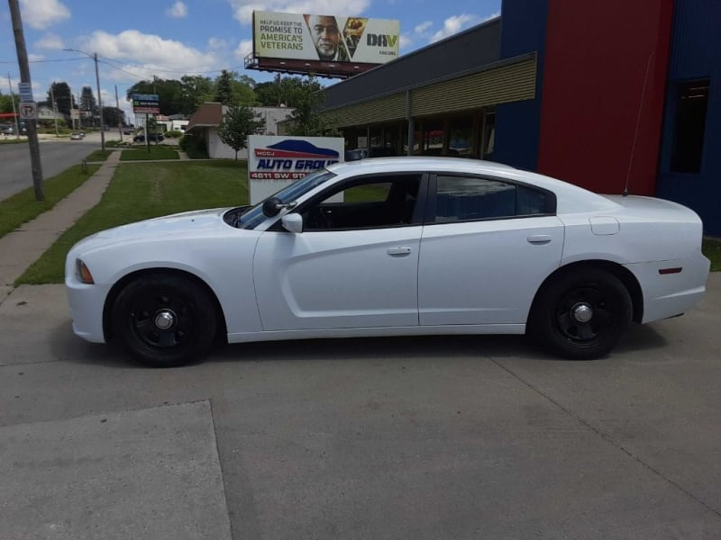2013 DODGE CHARGER POLICE WE GUARANTEE CREDIT APPROVAL! 8a20aace-790c-41c8-a91b-028518127c19
