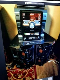 Sony moving must go asap excellent condition  Woodstock, 30188